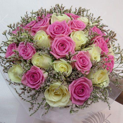 צרור ורדים לבן ורוד